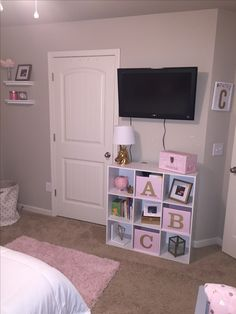 kleinkind zimmer Genius Playroom Ideas for Small and Large Space Take it for Reference at Home Girl Bedroom Designs, Girls Bedroom, Bedroom Decor, Girl Nursery, Preteen Girls Rooms, Bedroom Ideas, Girl Toddler Bedroom, Twin Girl Bedrooms, Toddler Girl