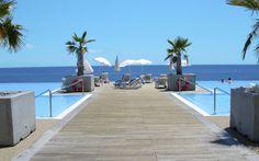 Velkommen til VIDAMAR Resort Madeira, som er et hotel af høj klasse med perfekt beliggenhed og store mængder af sportsaktiviteter. Fra hele hotelområdet er der en fantastisk udsigt over Atlanterhavet og et enestående poolområde. Se mere på   http://www.apollorejser.dk/rejser/europa/portugal/madeira/funchal/hoteller/vidamar-resort-madeira