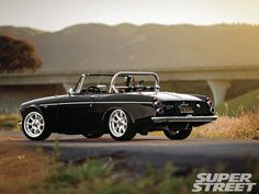 San Jose's Alvin Gogineni fancied a 1967 Datsun Roadster, but with a modern heart, donated from a newer model Nissan. Datsun Roadster, Datsun Car, Datsun 1600, Mitsubishi Cars, Automobile, British Sports Cars, Old School Cars, Tuner Cars, Top Cars