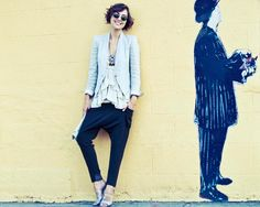the glamourai { vintage ray-ban sunnies, kelly framel necklace, helmut lang blazer, forever21 tank, alice+olivia pants, primary clutch, prada shoe s }