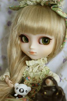 Tiphona 006   Flickr - Photo Sharing!