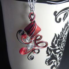 Triple loop de loop pendant necklace
