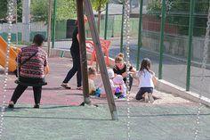 Cat conteaza imprejurimile atunci cand cumperi un apartament nou? Playground, Ale, Street View, Children, Children Playground, Young Children, Boys, Kids, Ales