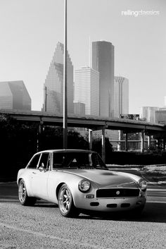 Rolling Classics: 1970 MG MGB GT Restomod