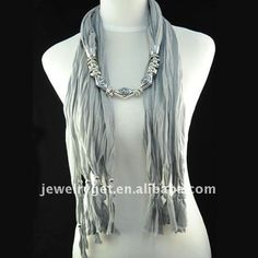 Necklace / scarf in grey