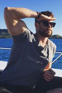 Chris Hemsworth and Elsa Pataky Poke Fun at Split Rumors With a Hilarious Photo