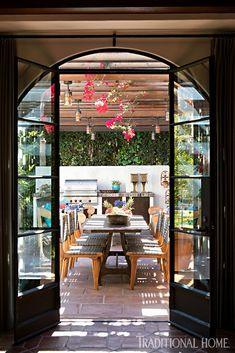 Mix and Chic: Inside a beautifully layered and charming Spanish Colonial Revival in Los Angeles! Spanish Style Homes, Spanish Revival, Spanish House, Spanish Colonial Kitchen, Spanish Bungalow, French Colonial, Leaded Glass Windows, Glass Doors, Front Courtyard