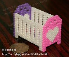 10 Hama Beads Patterns, Beading Patterns, Quilling Paper Craft, Paper Crafts, 3d Perler Bead, 8bit Art, Barbie, Peler Beads, Iron Beads