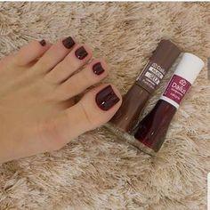 42 ideas for manicure pedicure designs fun Pretty Toe Nails, Pretty Nail Colors, Toe Nail Color, Toe Nail Art, Acrylic Nails, Pedicure Designs, Toe Nail Designs, Stylish Nails, Trendy Nails