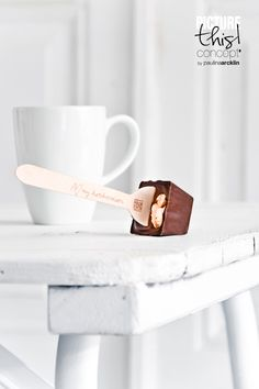 Hot chocolate or hot milk & chocolate on stick (no patience, eat chocolate before milk is warm). Honey Chocolate, Chocolate Spoons, Hot Chocolate Bars, Chocolate Coffee, Food Photography Styling, Food Styling, Sweet Desserts, Sweet Recipes, The Joy Of Baking