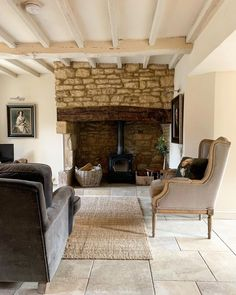 Luxurious , unique home stay for couples in the Cotswolds House, Stone Cottage, Cotswold Cottage Interior, Cotswolds, Cotswolds Cottage, New Homes, House Interior, Cottage Living, Country Living Room