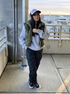 Baddie Outfits Casual, Chill Outfits, Cute Swag Outfits, Cute Comfy Outfits, Dope Outfits, Trendy Outfits, Fashion Outfits, Tomboy Fashion, Streetwear Fashion