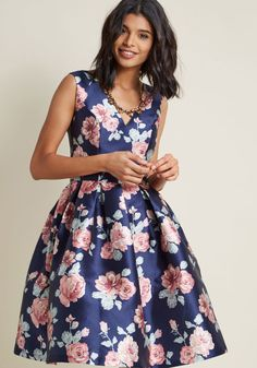 Chi Chi London Sweetly Celebrated Fit and Flare Dress in 10 - Sleeveless Fit & Flare Midi
