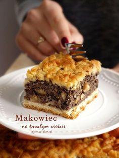 Makowiec na kruchym cieście – Zjem to! Fruit Recipes, Cake Recipes, Dessert Recipes, Cooking Recipes, Healthy Recipes, Polish Desserts, Polish Recipes, Polish Food, Bakery