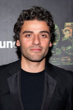 Where you may know him from: Ex Machina, A Most Violent Year, Star Wars: The Force Awakens. Oscar Isaac, Pretty Men, Gorgeous Men, Ex Machina, Book Boyfriends, Attractive People, The Martian, Celebs, Celebrities