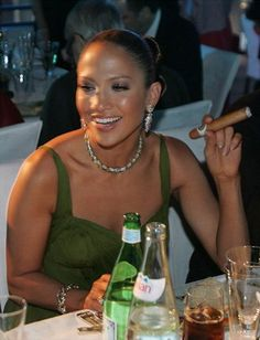Cigar Diva of the Week – Jennifer Lopez | Cigar Diva of the Week | http://awe.sm/k3jG6