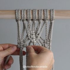 Are you finding it difficult to keep the sides straight when creating this pattern? Macrame Design, Macrame Art, Macrame Projects, Fun Look, Macrame Plant Holder, Micro Macramé, Creation Couture, Macrame Tutorial, Macrame Patterns