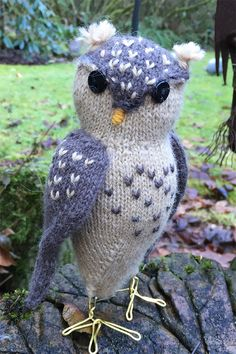 Free knitting pattern for Obligatory Owl - This toy owl is knit in the round and stands ten inches tall. Options for a forward or side facing head. The wings (with optional embroidery) are also knit in the round and seamed to body. Designed by Sara Elizabeth Kellner. Pictured project by Hip4Knits