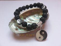 Bracelet Zen Yin Yang Mala Yoga Perles de Lave par ZenBoutik