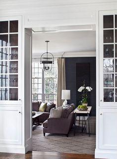 Family Room. Family Room Decor Ideas. #FamilyRoom Alisberg Parker Architects.