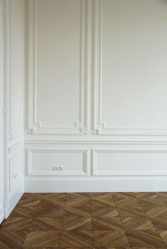 Rooms with Great Bones |Architectural Mouldings - laurel home