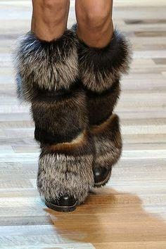 via it must be fashion; oktober 2010. beautiful fake fur