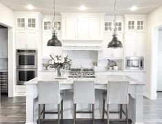 Best 100 white kitchen cabinets decor ideas for farmhouse style design (71)