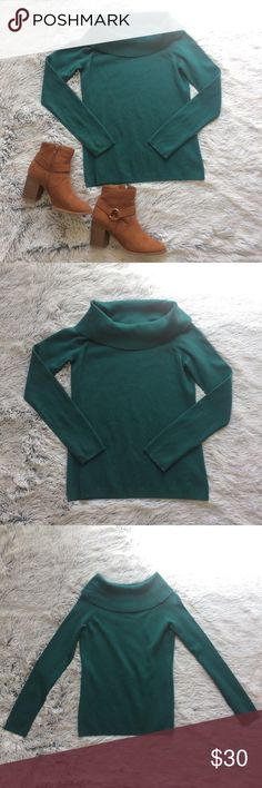 Beautiful LOFT Cowl Sweater Beautiful LOFT cowl sweater! Cozy and soft, great condition, dark, gorgeous teal-green color. 23.5 inch sleeves, 32 inch bust, 22.25 from shoulder to hem. LOFT Sweaters Cowl & Turtlenecks