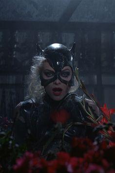 : Catwoman Greenhouse Meltdown 1 from Batman Returns Catwoman Cosplay, Batman Und Catwoman, Batman 2, Michelle Pfeiffer, Anime Girls, Tim Burton Batman, Catwoman Selina Kyle, Dc Movies, Comic Movies