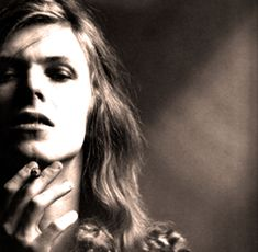 Click on the link here for Audio Player - David Bowie - In Concert with John Peel - June 20,1971 - BBC Radio 1 David Bowie's breakthrough album Hunky Dory wouldn't come out until December, but this...