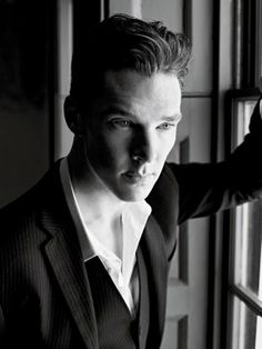 Seriously, Benedict Cumberbatch. One does not simply find him the most attractive guy in the univereses.