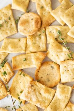 Homemade Crackers – Reality Bakes Best Picture For Snacks for kids For Your Taste You are looking for something, and Homemade Crackers, Dips, Cookies, Healthy Snacks, Simple Snacks, Baking Recipes, Food Processor Recipes, Good Food, Favorite Recipes