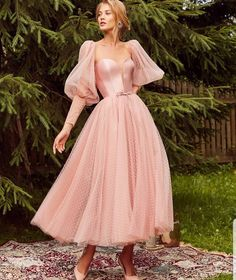 Handmade Dress on Storenvy kleider Hand-made elegant gown with long sleeves and fleshy pink backless ball gown Elegant Dresses, Pretty Dresses, Vintage Dresses, Beautiful Dresses, Elegant Ball Gowns, Vintage Ball Gowns, Evening Dresses, Prom Dresses, Formal Dresses
