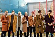 Ilhoon is the only man-bun I will ever stan. Hyunsik Btob, Lee Changsub, Yook Sungjae, Lee Minhyuk, Im Hyun Sik, Like A Mom, Rap Lines, Fans Cafe, Man Bun