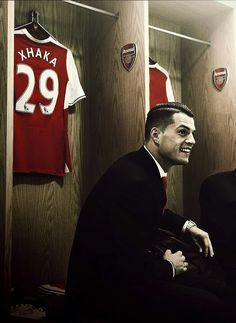 Xhaka Arsenal Players, Arsenal Fc, Arsenal Football, Real Soccer, Granit Xhaka, Soccer News, Gareth Bale, North London, One Team
