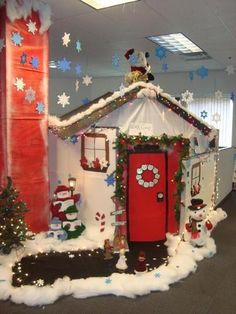 office holiday decor. totally doing this nxt christmas holiday cubicle decorating office decor g