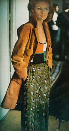Photo by Frank Horvat for Vogue, 1972  #eclectic #mixprint #fashion