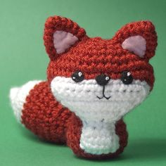 Crocheted Fox by craftyalien. French knots for highlights adds a nice touch.
