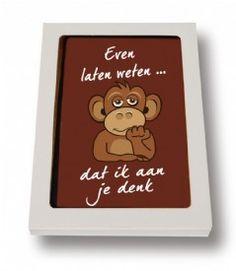Eenkaart van Sjokolato is niet zomaar een stuk chocolade. Hetheeft namelijk een volle choladesmaak. De kaarten worden met veel passie en liefde geproduceerd en dat is ook te proeven. Daarnaast steun je met een kaart van Sjokolatoook de cacaoboeren in de betreffende gebieden. Kortom:een chocolade kaart van Sjokolato is origineel, smaakvol en Fairtrade. Wat wil je nog meer? En voor elke gelegenheid heeft Sjokolato wel een kaart in huis. Ik word er blij van.