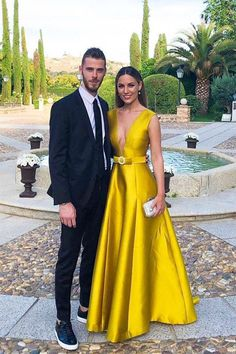 Deep V-Neck Long Prom Dress, Satin Yellow Formal Dress with Belt, Yellow Evening Dresses Sexy Party Dress, Prom Party Dresses, Bridesmaid Dresses, Yellow Formal Dress, Formal Dresses, Yellow Evening Dresses, Evening Gowns, Evening Party, Ideias Fashion