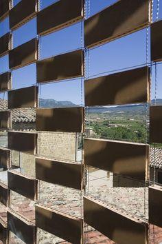 View full picture gallery of Casa Rural El Cobijo De La Sonsierra Brick Design, Facade Design, Brick Architecture, Architecture Details, Landscape Architecture, Green Facade, Wood Facade, Brick Masonry, Solar Shades