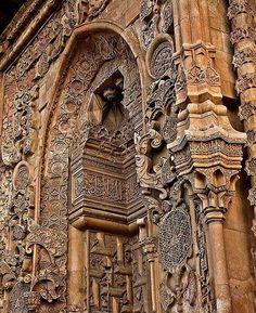 #selcuklu #selcuklueserleri #camii #minare #kubbe #sanat #tasisleme #yesilkubbe #mevlana #nature #anıtmezar #medrese #anadolufotograf #travel #mosque #minareler #fotografci #tarih #tasavvuf #hatsanatı #ottoman #turkey #photoofday #stone #anadolu #isleme #heritage #kumbet #anıt #mezar http://turkrazzi.com/ipost/1524726116178617401/?code=BUo6lMGlmQ5