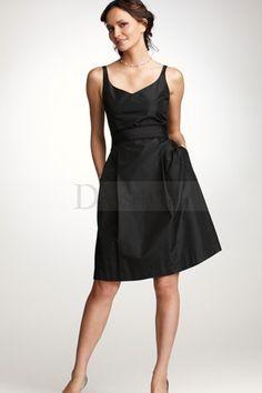 Simplified+V-neckline+Knee-length+Bridesmaid+Dress