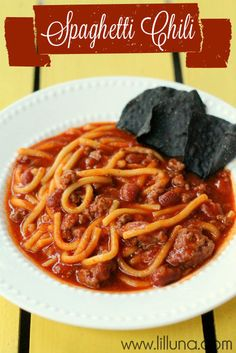 Spaghetti Chili. This recipe is definitely a keeper!! So good! #chili