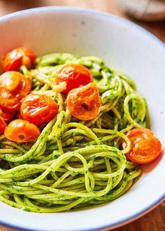 Zé-féle szuperpasta 5 - Spenótpestós spagetti koktélparival | Street Kitchen