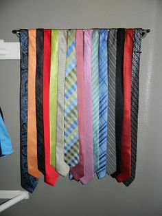Husband Have A Lot Of Ties And You No Idea What To Do With Them Hang Towel Rod Up In The Closet Viola Tie Holder That Displays All