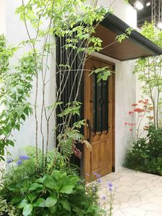 modern Garden by (有)ハートランド The Constant Gardener, Mission House, Pocket Garden, Small Space Gardening, Plant Design, Garden Styles, Garden Inspiration, Backyard Landscaping, Entrance