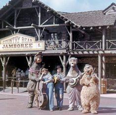 Some Frontierland entertainment options at the Magic Kingdom. From vintage souvenir slides via Disney Pix Disney Parks, Disney Rides, Walt Disney World, Retro Disney, Old Disney, Disney Magic, Punk Disney, Disney Fan Art, Disneyland World