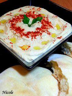 Grad de dificultate: Usor Numar de portii: 4 Timp de preparare: 20 min O sa recreez astazi in bucataria mea o particica din atmosfera libaneza cu o pita calda si un humus libanez preparat rapid. Ingrediente: 400 gr. naut 2-3 catei de usturoi 2 linguri pasta tahini (pasta de susan) 2 linguri zeama de lamaie … Tahini, 20 Min, Pasta, Hummus, Mashed Potatoes, Eggs, Healthy Recipes, Breakfast, Ethnic Recipes