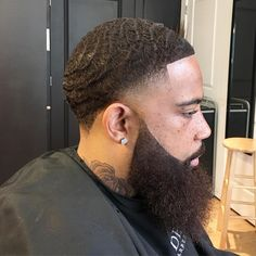 Taper fade with waves haircut and beard shape up. Taper fade with waves haircut and beard shape up. Waves Hairstyle Men, Waves Haircut, My Hairstyle, Black Men Haircuts, Black Men Hairstyles, Male Haircuts, Beard Styles For Men, Hair And Beard Styles, Hair Styles